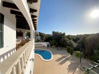 Photo for Three bedroom villa with swimming pool close to the beach