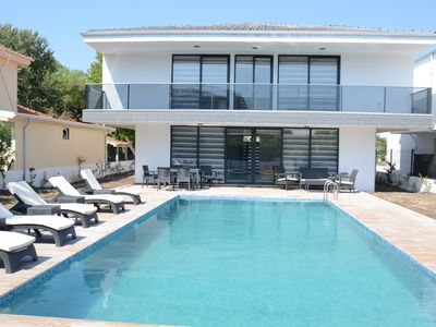 Photo for Modern new 5 bed villa, situated in a peaceful location within walking distance