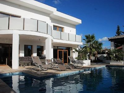 Photo for Fantastic 4 bedroom Villa with pool, BBQ