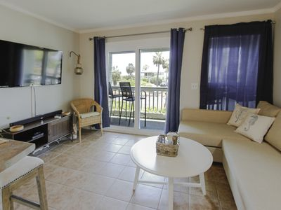 Photo for Beautiful oceanfront unit with a great private balcony and ocean views