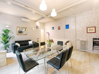 Photo for NEW !! Modern Luxury Apt in the Pyramid near Colosseum
