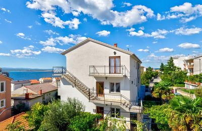 Photo for Holiday apartment with Internet, barbecue and sea views above the town center