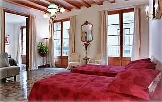Art Nouveau Luxury Apartment in the Heart o... - VRBO