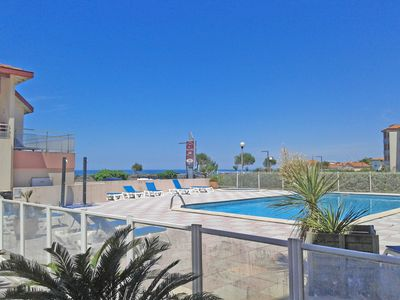 Photo for 2-room flat for 4, residence with pool, beach (450m), downtown Biarritz (1,5Km)