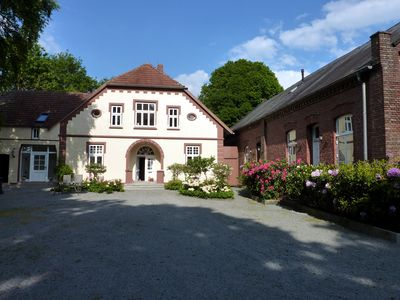 Photo for Landhaus Wattmuschel/fewo Samtmuschel, romantic property in a secluded location,