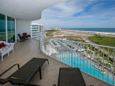 Photo for Spacious, bright, gorgeous views, and endless amenities! Lazy river, pool, beach