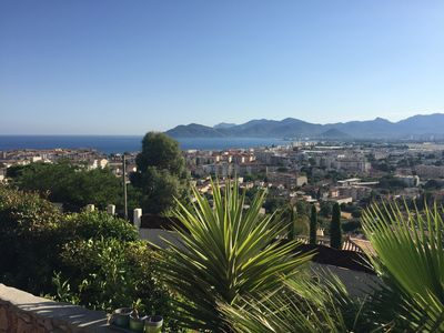 Photo for Pretty studio with calm on the heights of Cannes, 10 minutes from the Croisette.