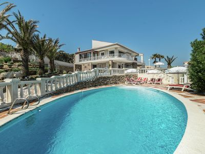 Photo for Air conditioned villa with panoramic sea views, fenced pool, jacuzzi and sauna