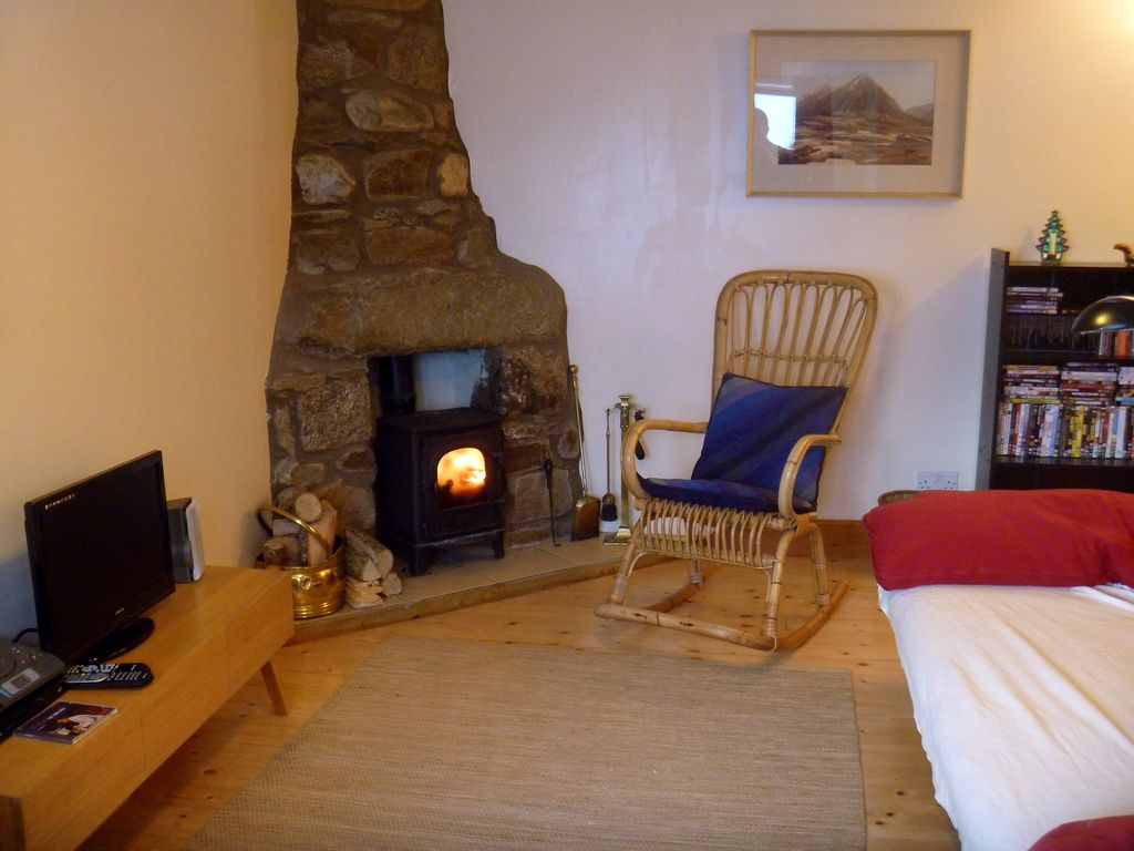 Self Catering Cottage On Organic Smallholding In Highland
