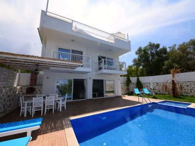 Photo for Charming 3 Bedroom Villa with Secluded Infinty Pool and Heated Indoor Pool