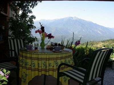 Photo for charming house with breathtaking views, for family or small group of friends,