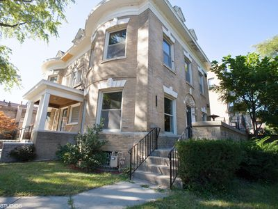 Photo for 6 Bedroom Historical Home Near Soldier Field And Mccormick Place