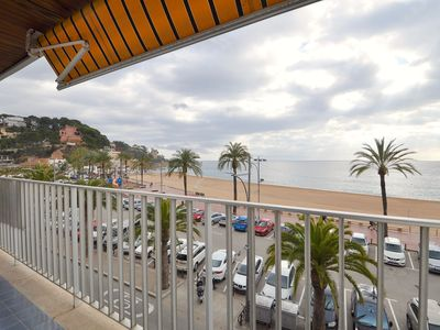 Photo for <![CDATA[Beautiful apartment located in first line to the sea with wifi, air conditioning and a large terrace with view]]>