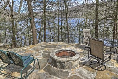 Experience the trip of a lifetime at this 3BR, 2-bath vacation rental cottage!