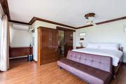 Villa 3 - Ocean View with King Sized Bed