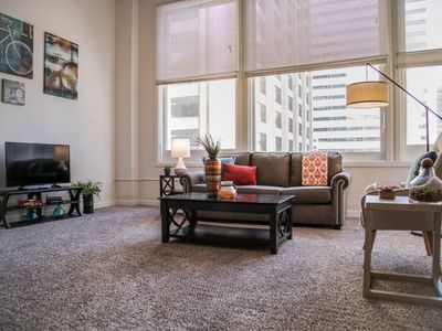 Photo for AMAZING CENTRAL DOWNTOWN 1BR W/ CITY VIEWS