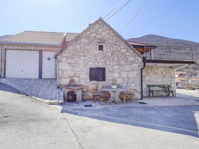 Photo for Rustic Stone House Bajeli with Jacuzzi
