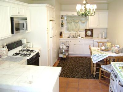 Full Kitchen and Breakfast Nook (dining table not shown)