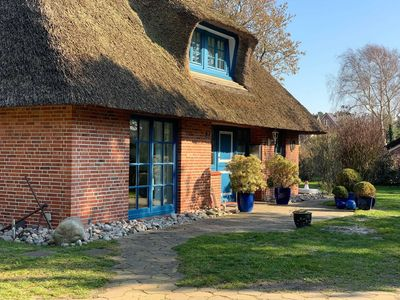 Photo for Thatched house Immenseeweg - Thatched cottage Immenseeweg 7