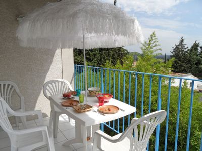 Photo for Vacation home La Cigale in Avignon - 5 persons, 3 bedrooms