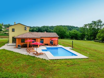 Photo for 3BR Apartment Vacation Rental in Buzet, Istria