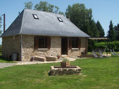 Photo for Romantic, Cosy 300 year old Perigourdine Cottage in beautiful countryside