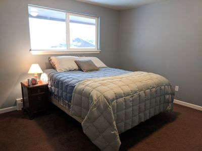 Photo for Queen bedroom + private bath in fully furnished townhome