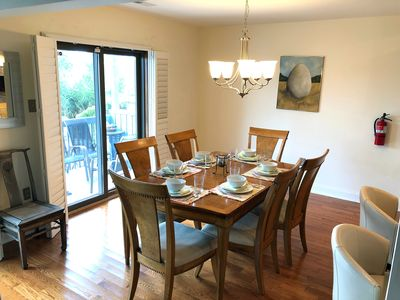 Comfortable dining seats up to 10 guests