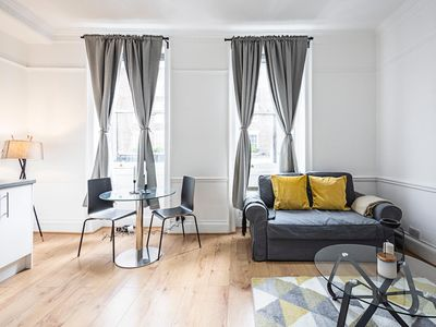 Photo for Classy Apartment Central London