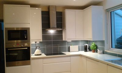 Dalkey Apartment No.2 Hi Spec Fully Fitted Kitchen
