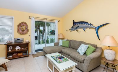 Photo for 2BR - Seconds to Fort Myers Beach! Near Shops, Restaurants & Fishing Charters
