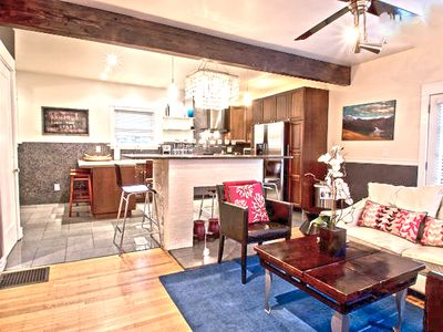 Stunning Portland Vacation Flat, Prime SE Location, Huge Private Patio