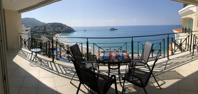 Photo for 3 BD Bay View Grand Residence Ixtapa-Fabulous Ocenanfront in Paradise 14 floor