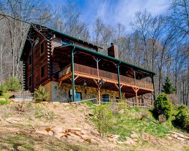 Photo for Emerald Bear; Maggie Valley hidden gem!  Large, private home with HOT TUB and more!!