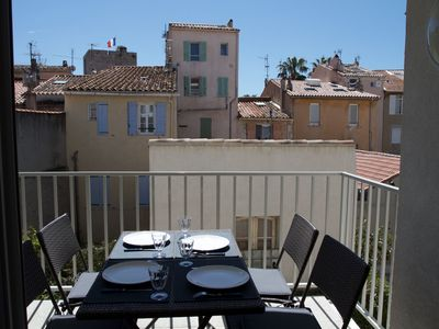 Photo for Superb T3 with terrace, heart of the city center, everything on foot, parking, wifi