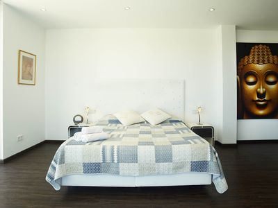 Photo for Exclusive pool-villa in Green Point ( Sleeps 14 )