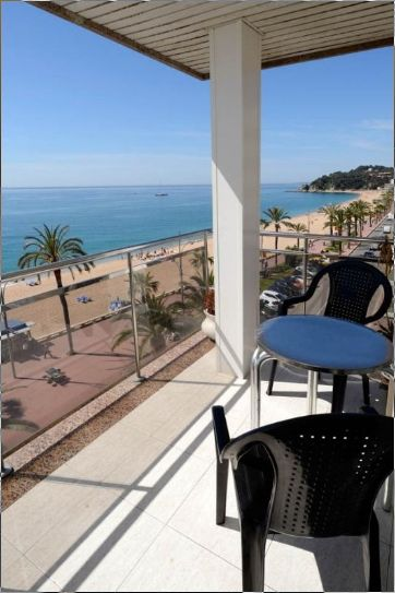 lloret de mar appartement ima en face de la mer lloret de mar location de vacances. Black Bedroom Furniture Sets. Home Design Ideas
