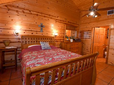 Photo for Quaint Frio Spring Lodge with wildlife and water views