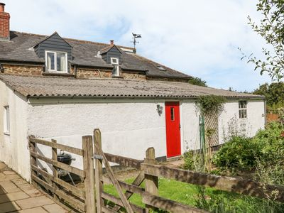 Photo for Barn Cottage, HIGH BICKINGTON