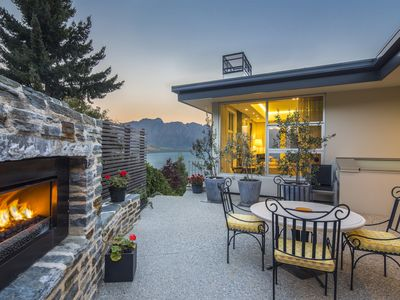 Photo for Panoramic Views, 4 bed 41/2 bath, close to Queenstown
