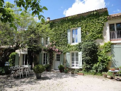 Photo for Provencal farmhouse with chicken coop, organic vegetable garden 20 minutes from Avignon