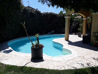 Photo for Aix-en-Provence, air-conditioned bastide 8 people 3km from the famous Cours Mirabeau