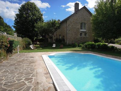 Photo for Trémoulis, large cottage with pool in La Canourgue Lozère