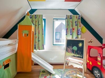 Photo for 6-person children's bungalow in the holiday park Landal Domein De Schatberg - on the water/recreation lake