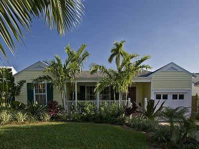 Photo for 4BR House Vacation Rental in West Palm Beach, Florida