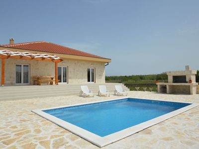 Photo for Villa Barba Pere (V6001-K1) - Privlaka (Zadar)