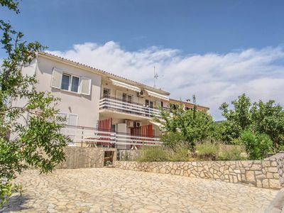 Photo for Apartment in Cres (Cres), capacity 6+0