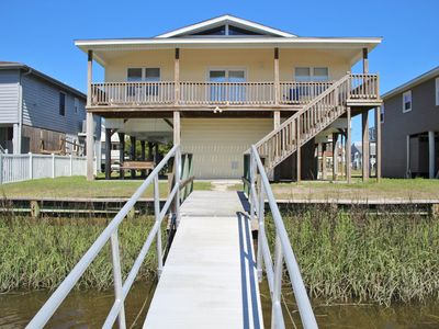 Photo for Monr 67 Natural canal home, with elevator, and wide range of beach necessities for your convenience.