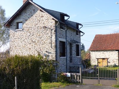Photo for Quiet and independent cottage in the Corrèze countryside