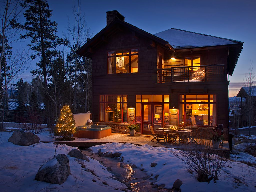 Cozy Lodge With Western Aesthetic Ideal Te Vrbo